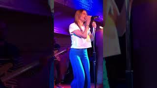 Love Line - LeAnn Rimes- Live at Gruene Hall