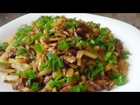 Жареные рыжики с картошкой в сметане