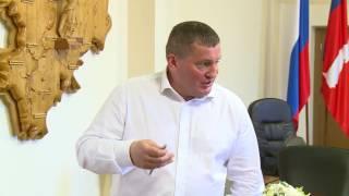 """Губернатор Андрей Бочаров: Не надо рассказывать """"сказки"""" про дороги Волгограда"""