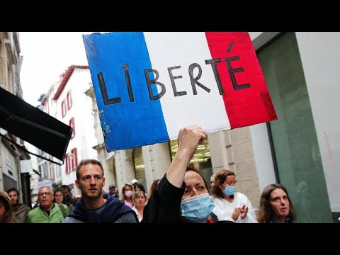 Pase COVID | Protestas en Francia y resignación en Italia ante la exigencia de certificados