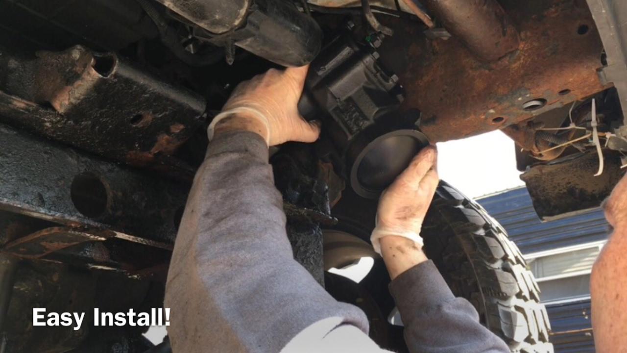 Silverado Install Gear Box, Pitman Arm and Idler Bracket ...