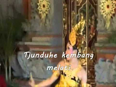 Putri Solo By Sundari Soekotjo - Lyrics On Screen -