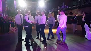 Best wedding surprise dance choreo with groom, bridemaids + friends!!