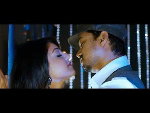VIJAY KISSING KAJAL : EXCLUSIVE Travel Video