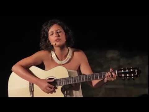 Canto di una vita qualunque - Oriana Civile - YouTube