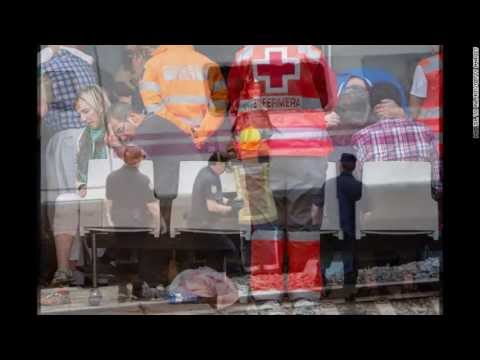 CNN/BBC News - Spain train crash: Galicia derailment kills 80