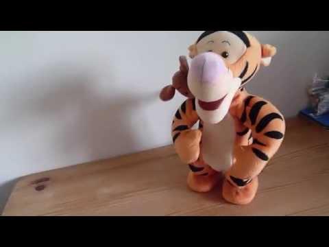 Disney Winnie the Pooh Jumping Tigger & Roo Singing, Bouncing Toy 1999