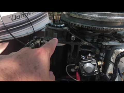 how to start an outboard motor