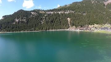 Der Haldensee im wunderschönem Tannheimer Tal in Tirol