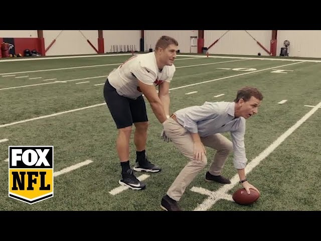Cooper Manning gets personal with Falcons center Alex Mack | MANNING HOUR | FOX NFL