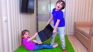 Камиль и Аминка ВСЕ ЛОМАЮТ! Во Всем ВИНОВАТЫ ФИКСИКИ! Для детей kids children