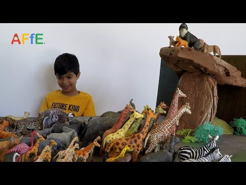 THE LION KING 2019 - Pride Rock Scene With More Than 100 Animal Toys