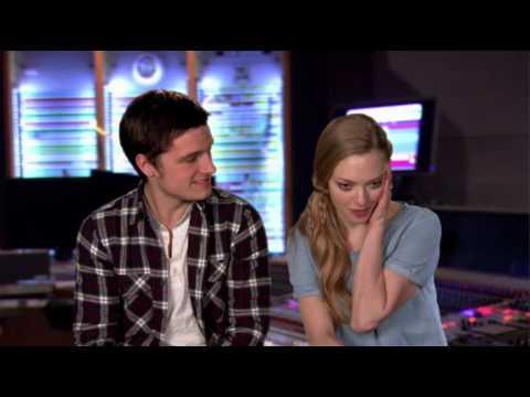 "Amanda Seyfried and Josh hutcherson ""Epic"" interview - YouTube"