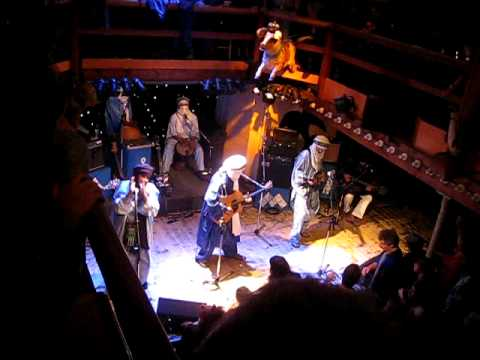 Tinariwen - Assawt N'chet Tamashek (Live in Switzerland)