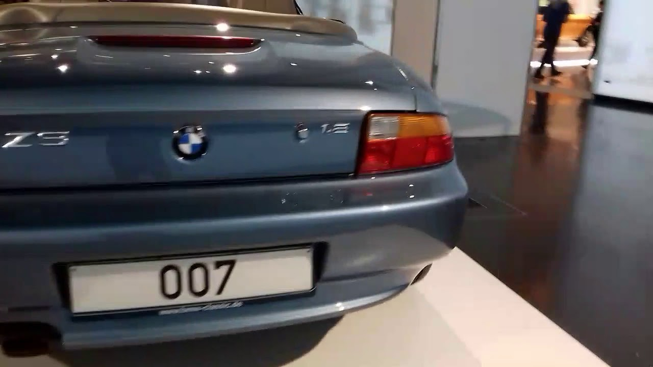 Museo Bmw.Bmw Z3 Road Ster 007 Museo Bmw Youtube