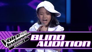 Mikayla - Coke Bottle | Blind Auditions | The Voice Kids Indonesia Season 3 GTV 2018
