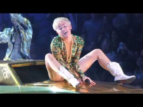 Miley Cyrus - Love Party Money. Bangerz Tour
