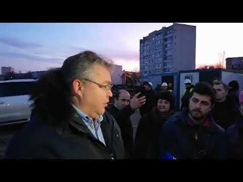 Площадь у ЖД-вокзала в Невинномысске благоустроят до конца года.