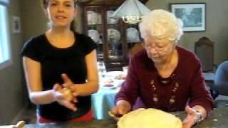 Thanksgiving Apple Pie: Uncut (get It?!)
