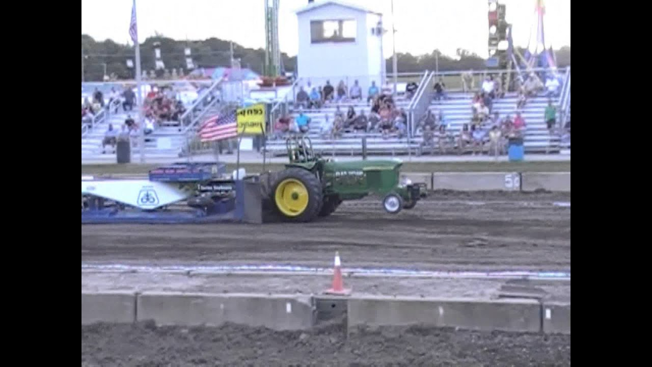 Indiana wayne county richmond - Super Stock Antique Tractor Pulls From The 2014 Wayne County 4 H Fair Richmond Indiana