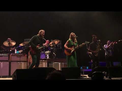 Had To Cry Today // Tedeschi Trucks Band (Live at Xfinity Theater)