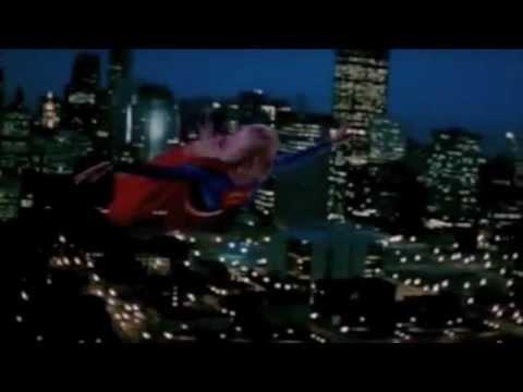 Superman and Supergirl Metropolis Battle