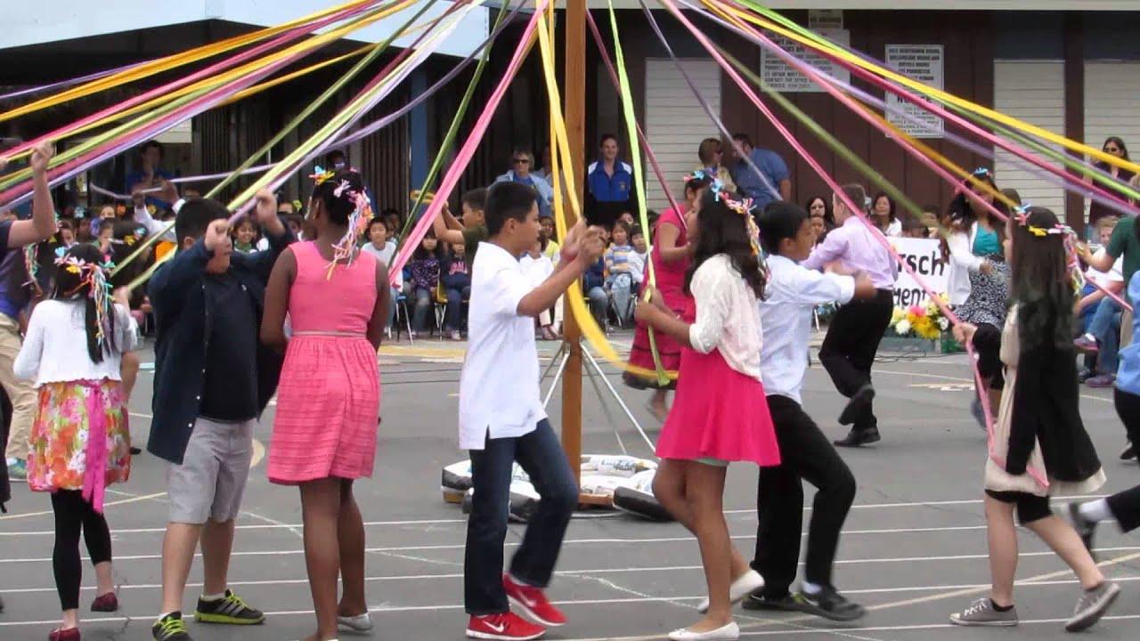 e07d22405 Hirsch Elementary 6th-Grade Maypole Dance - 6-2-15 - YouTube