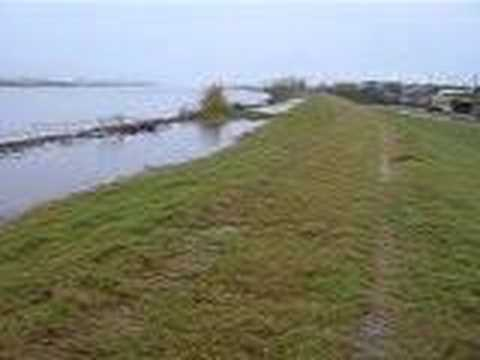 New Orleans Levee Water Level