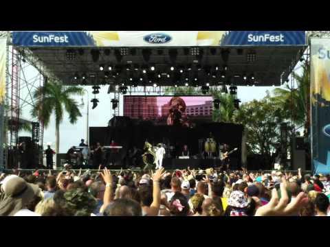 The Roots - Full Set - SunFest - West Palm Beach, FL - 4-30-2016