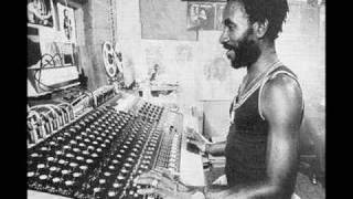 Lee Perry  - Blackboard Jungle dub (Version1)