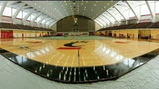 UC Bearcats' basketball court made over in 90 seconds