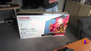Unboxing: Toshiba 42'' LED Full HD TV