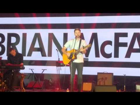 Seasons in the Sun - Brian McFadden - Live at Ho Tram Open 2015