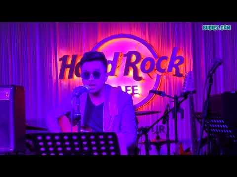 Amir Hasan BICARAMU di Showcase Amylea x Kaer