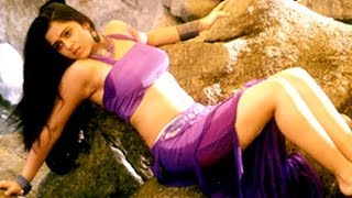 Poola Ghuma Ghuma Video Song || Sri Anjaneyam Movie || Nithin, Charmi