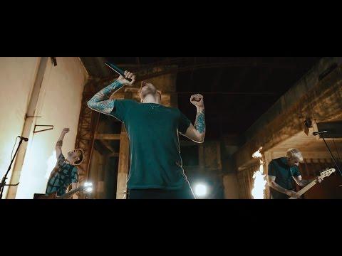 DENY - Invencible (Videoclip Oficial)