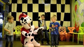 видео Сценарий на детский день рождения в стиле Щенячий патруль, конкурсы