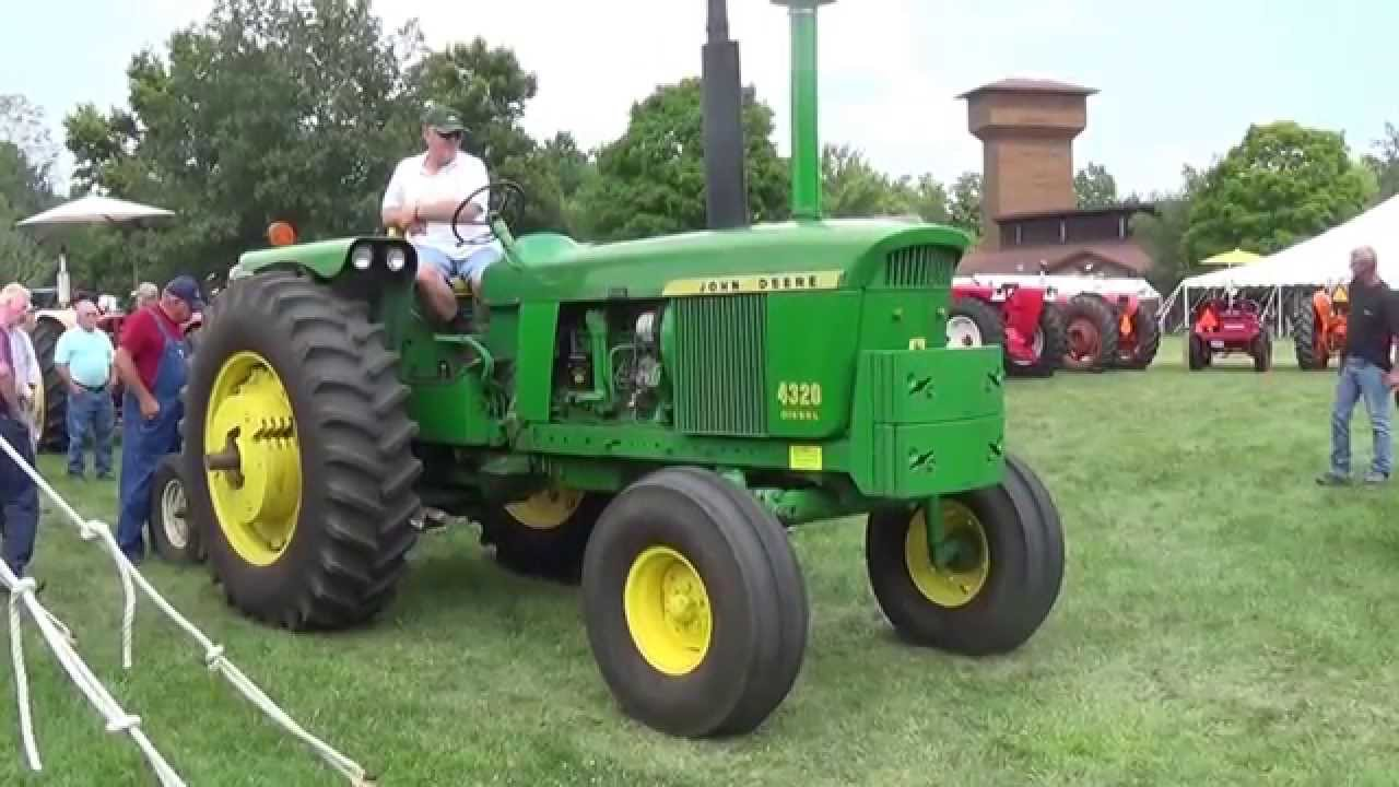 Featured Tractor: John Deere 4320 - Is It Right For You