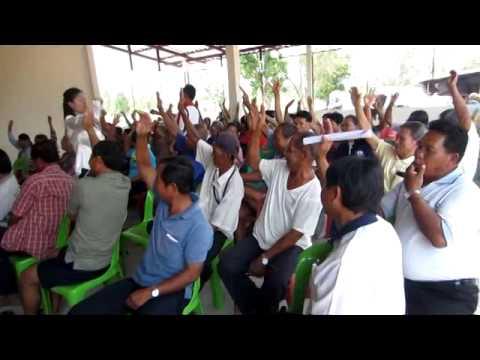 การประชุมประชาคมจัดทำแผนพัฒนากองทุน อบต โนนธาตุ ปี 2557 part 5