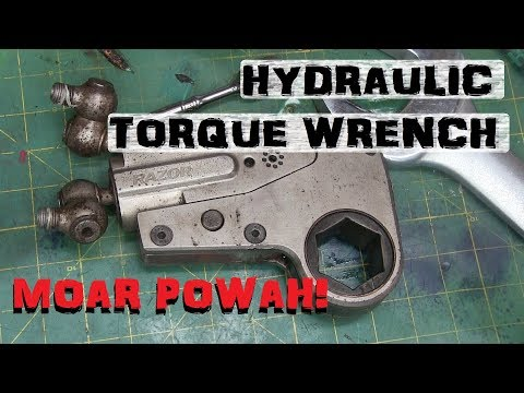 BOLTR: Hydraulic Torque Wrench