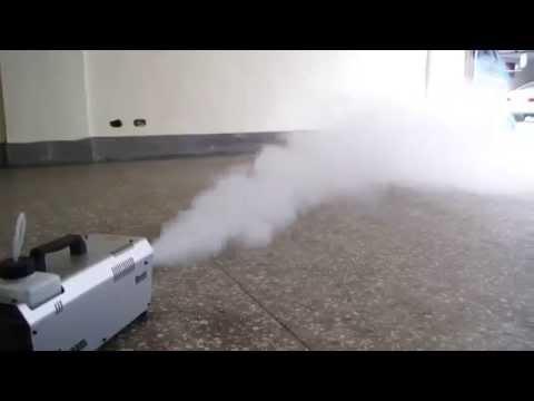 Máquina de humo Antari Z-Stream