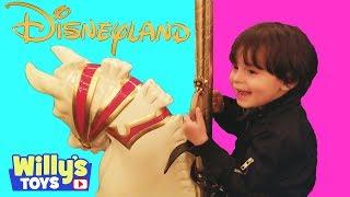 Disneyland Finding Nemo - Astro Orbiter - King Arthur Carrousel - Roger Rabbit