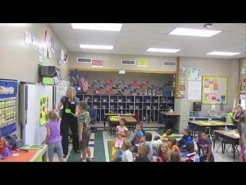 Spanish with Señorita Disberger - Lincoln Elementary School