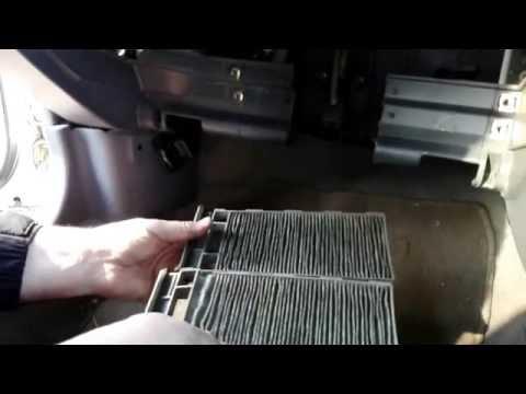 Замена салонного фильтра Nissan Pulsar