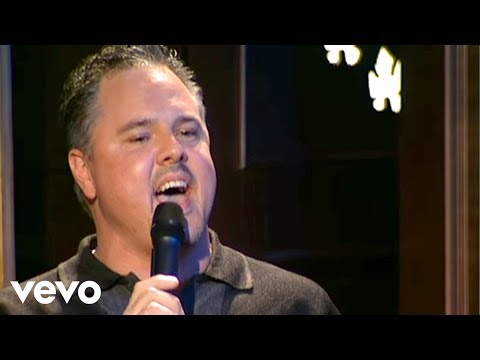 Bill & Gloria Gaither - It Is Well With My Soul [Live]
