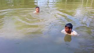 How to catch fish with dive in the pond,|(2)fisherman,competition,catching fish