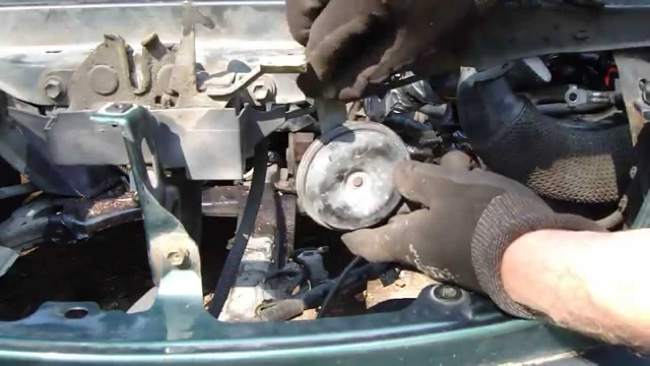 How to replace horn Toyota Corolla. Years 1995 to 2010. - YouTube