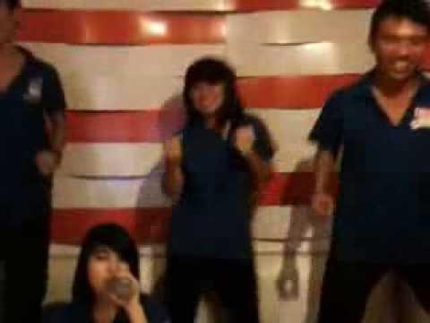 Nhà Trế thác loạn karaoke