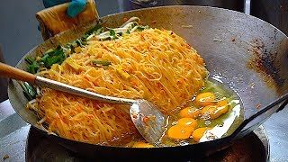 The Best & Most Famous PAD THAI | Bangkok Thailand