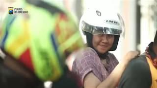 Download Video SNAP PARODI POLISI PELANGGARAN KEHILANGAN BELAHAN JIWA MP3 3GP MP4